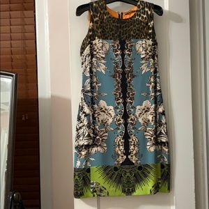 Ellie Tahari sleeveless silk print dress